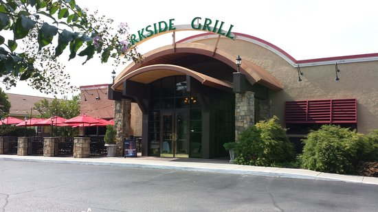 Exterior Photo - Parkside Grill