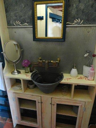 Le Pont Ricoul: la salle de bain