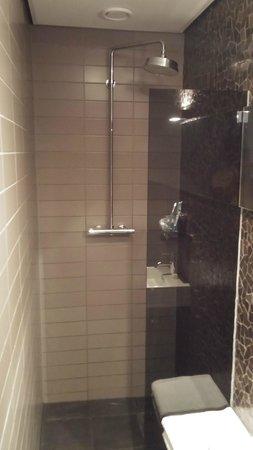 Hotel V Frederiksplein: Douche