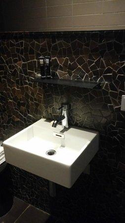 Hotel V Frederiksplein: Salle de bains