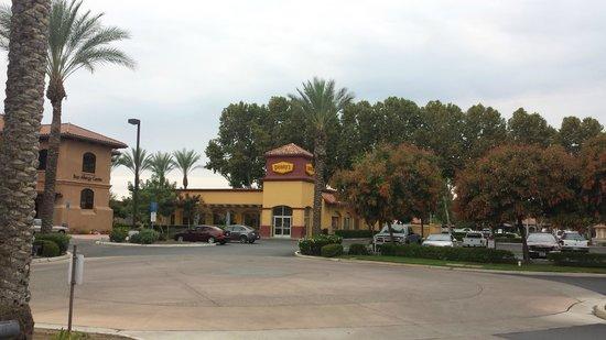 Fairfield Inn Visalia Sequoia: esterno