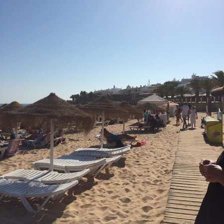 Luz Beach Apartments: severn