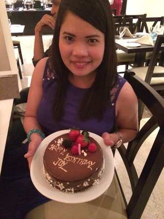 Ramada Hotel and Suites Ajman: my birthday gateaway with friend, exploring ajman