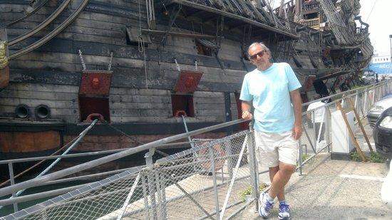 Old Port : BELO PASSEIO
