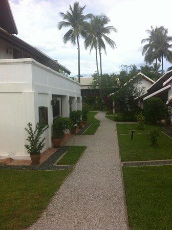 Sanctuary Luang Prabang Hotel : L'entrée de l'hôtel