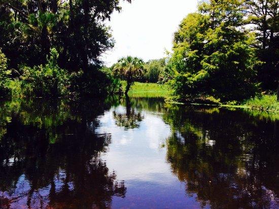 Riverbend Park: Wonderful Riverway