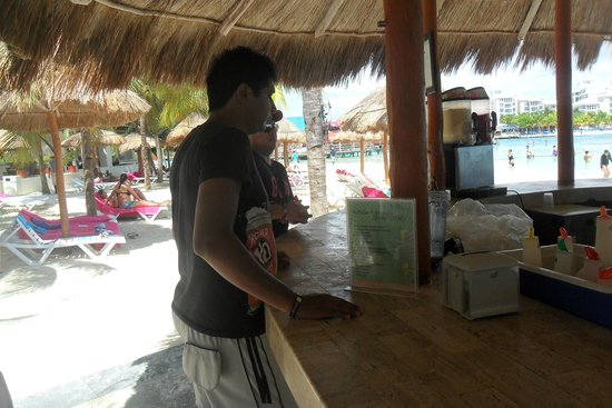 Oasis Palm: bar de playa