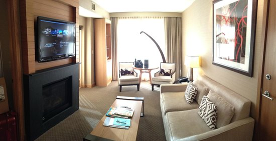 Viceroy Snowmass: as you enter suite