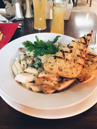 The Village Rest: Chicken, bacon and mushroom pasta with garlic bread