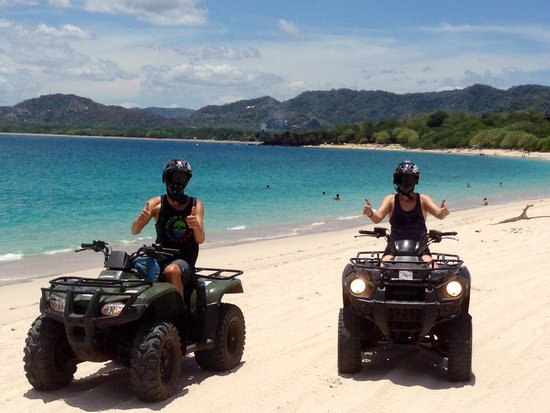 Blue Trailz Hostel & Surf Camp: ATVs Playa Conchal