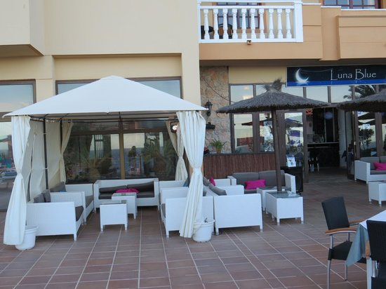 Luna Blue Lounge Bar: Outside Luna Blue