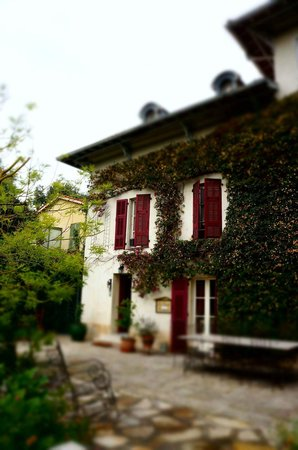Le Castel Enchante: 7