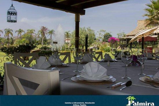 Palmira Jardin Bar & Grill