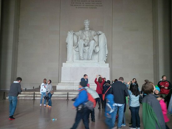 Lincoln Memorial: Pay tribute to Lincoln