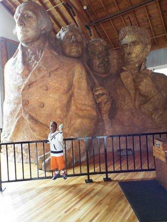 Mount Rushmore National Memorial : Sculpture Studio