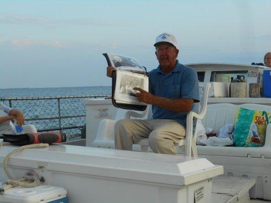 Skipjack -Rebecca T. Ruark Charter : Capt. Wade sharing history