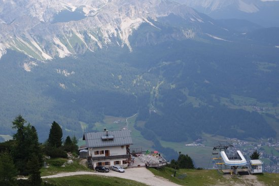 Rifugio Duca D'Aosta: View