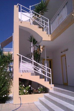 Cosmi Apartments: отель с другой стороны