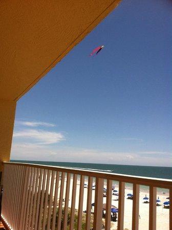 Sand Dollar Condominiums: View of kite from balcony