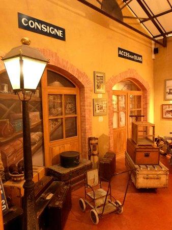 Nougat Arnaud Soubeyran Fabrique & Musee : Décors de gare