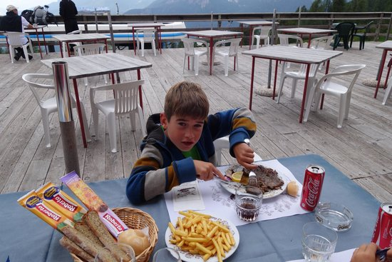 Rifugio Duca D'Aosta: Lunch