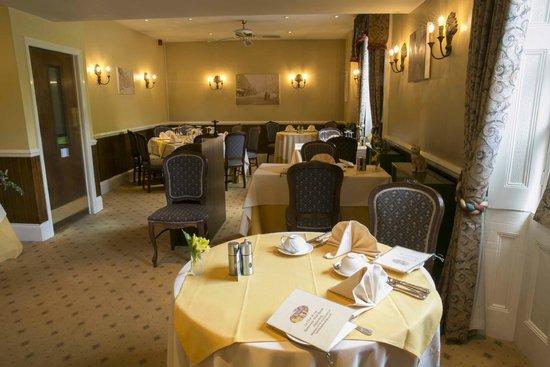 La Fleur de Lys: Main dining room