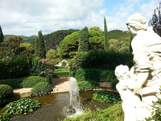 Jardin Santa Clotilde : Fontaine