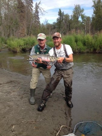 Alaska Fishing Lodge - Wilderness Place Lodge: Pete's first Chum