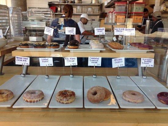 Blue Star Donuts: Too many choices