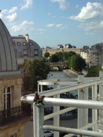 Hôtel Albe Saint Michel : Great view from room 644, 6th floor