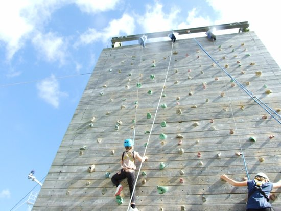 Butlin's Bognor Regis Resort: Climbing the wall