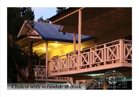 Kinabalu Pine Resort : Verandah of chalet