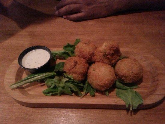 The Garage Eatz: Fried potato salad...delicious!