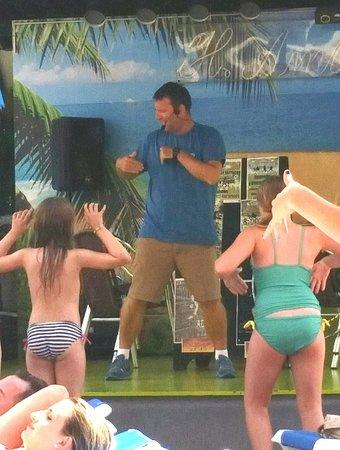 Hotel Ambassador Playa I & II: Ian Daytime Entertainments Mgr