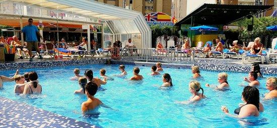 Hotel Ambassador Playa I & II: Aqua Aerobics