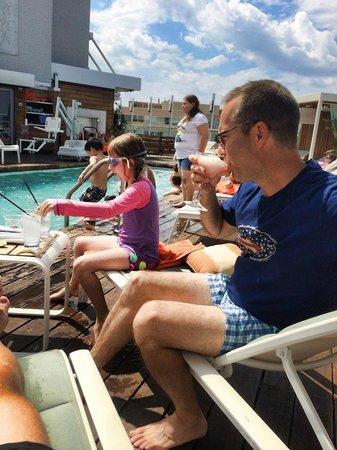 Kimpton Donovan Hotel: Small but amazing pool