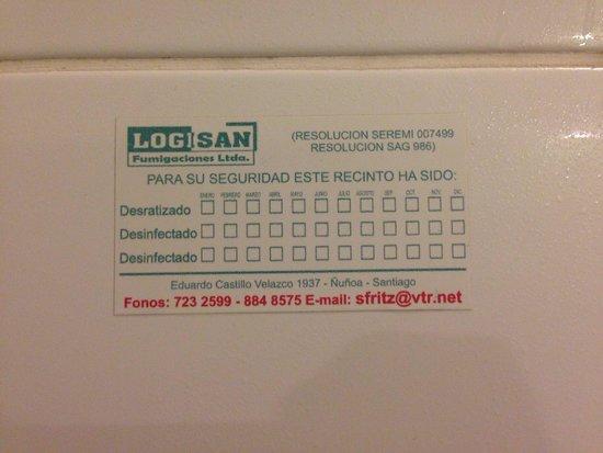 Oporto: Isso significa que o banheiro nao tem sido higienizado completamente?!