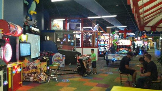 KeyLime Cove Indoor Waterpark Resort : Arcade