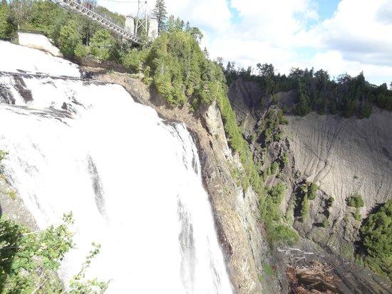 Montmorency Falls Park (Parc de la Chute-Montmorency): Vista da Cachoeira