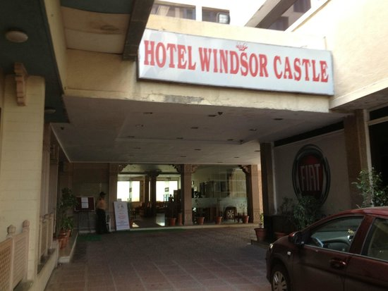 Hotel Windsor Castle: A comfortable, if dated, facility