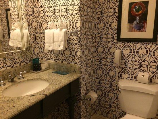 The Marker San Francisco, A Joie de Vivre Hotel: very tight bathroom