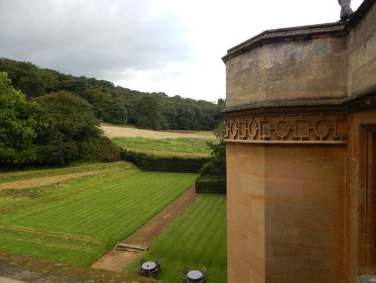 Dumbleton Hall Hotel : view from room