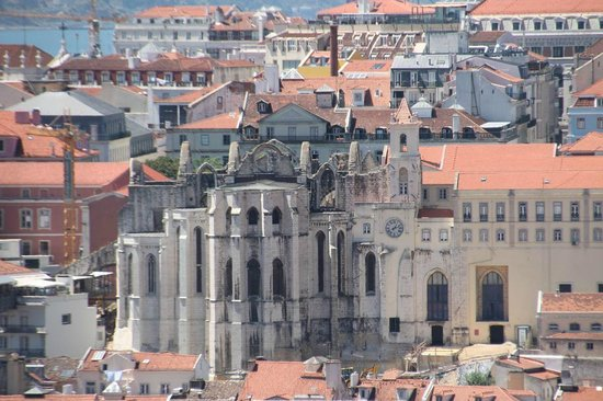 Miradouro da Graca: The Igreja do Carmo seen from the Miradouro