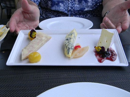 "Terrace Restaurant: Cheese ""flight"""