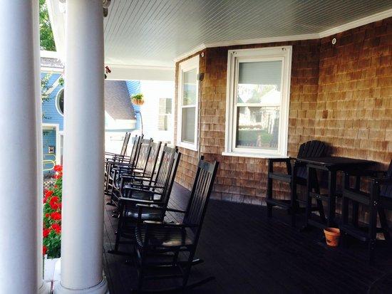 Anchor Inn: On the porch (2014)