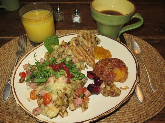 Four Mile Creek Bed and Breakfast: Delicious breakfast!