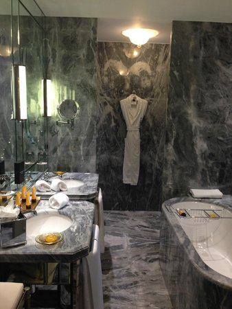 The Gritti Palace, A Luxury Collection Hotel: Bathroom
