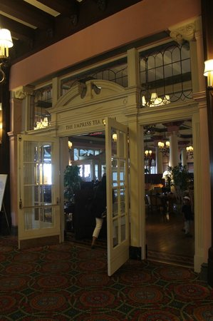 Empress Hotel National Historic Site of Canada: The Empress tea room