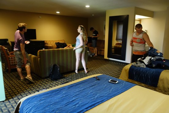 Stanford Inn & Suites: A photo of the suite; two full rooms in size; with 2 queen beds and 2 sofa beds.