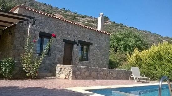 Melidoni X Village: our villa and pool
